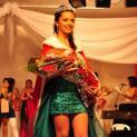 Larissa Ramos, de 14 anos, conquista o título de Miss Estudante 2013 em Iguape