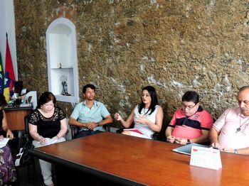 Transporte Escolar é tema de reunião em Iguape